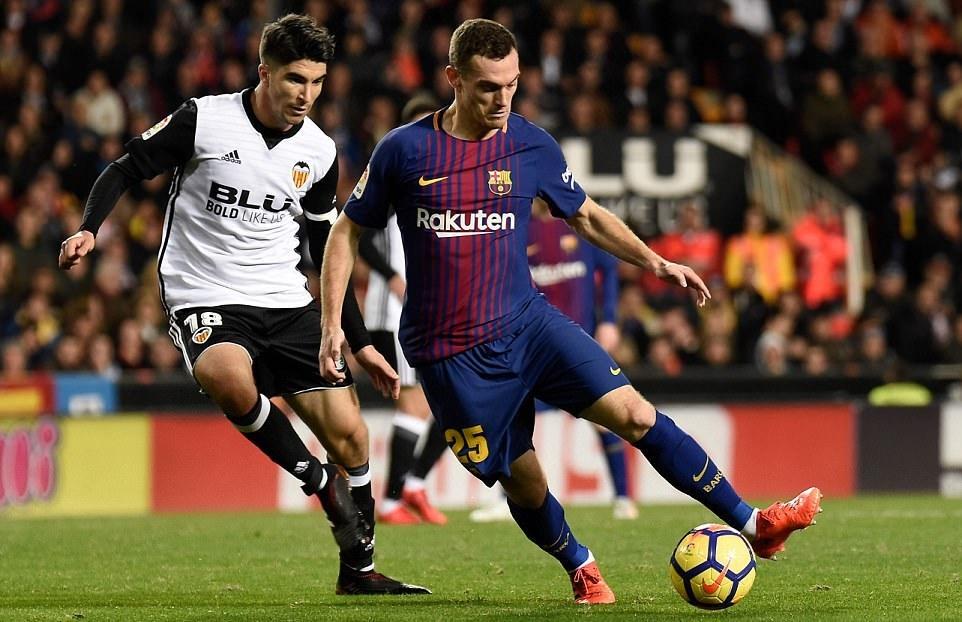 Trọng tài 'cướp' bàn thắng của Messi, Barca bị Valencia cưa điểm
