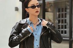 Quỳnh Anh Shyn xuất hiện cá tính trong lần đầu làm fashion blogger