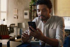 "Samsung giễu Apple, Motorola ""đá xéo"" cả hai"