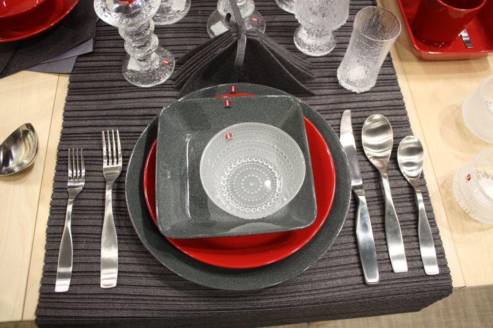 Mách bạn cách bố trí bàn ăn hợp phong thủy