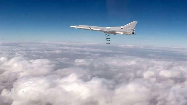 Xem chiến cơ Nga rải bom diệt IS