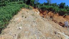 Sạt lở núi khu khai thác vàng ở Phước Sơn, 2 người tử vong