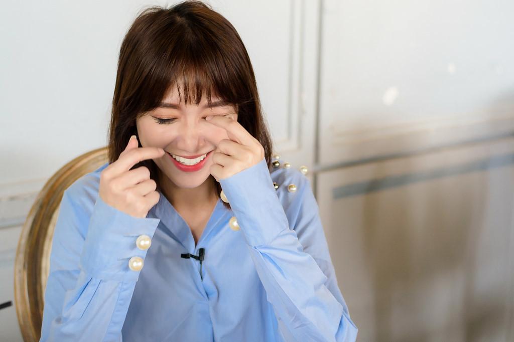 Hari Won: 'Tôi vẫn vào toilet khóc, Trấn Thành cũng không biết đâu'