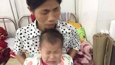 Cha mẹ mù lòa, con thơ bỏng nặng khóc ngằn ngặt