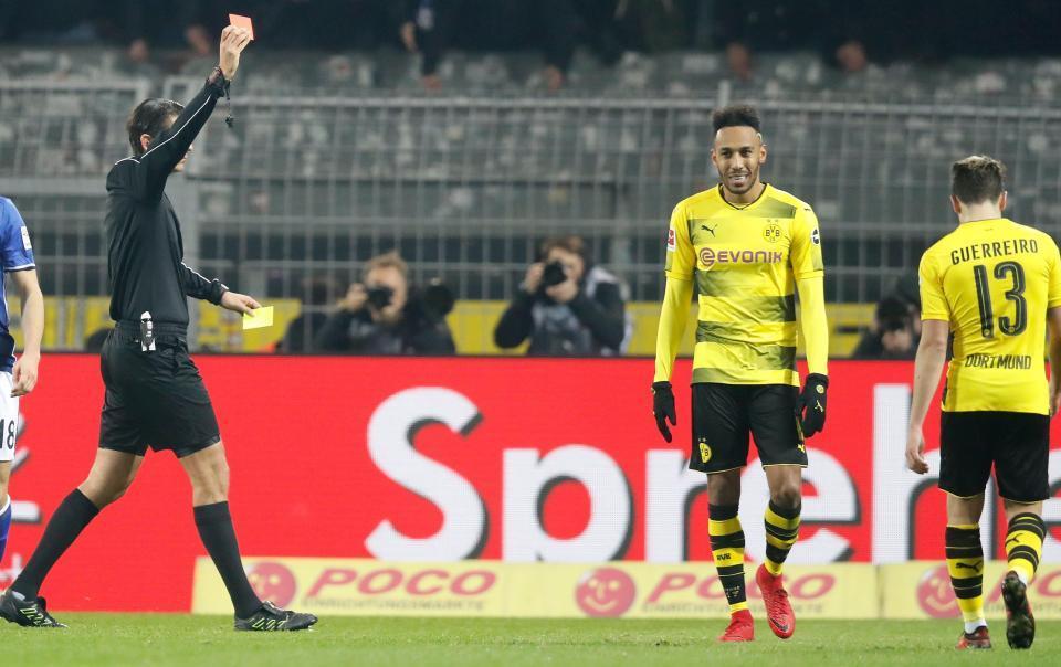 Conte ra tay giải cứu 'siêu quậy' Aubameyang