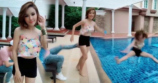 Mỹ nhân nóng bỏng bị bạn trai đá bay xuống bể bơi vì lý do bất ngờ