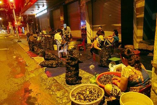 Chợ 'độc' ở Sài Gòn, gần nửa thế kỷ chỉ bán một mặt hàng lúc nửa đêm
