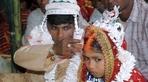 Bị bán lấy tiền, cuộc sống bi thảm của các cô dâu nhỏ Ấn Độ