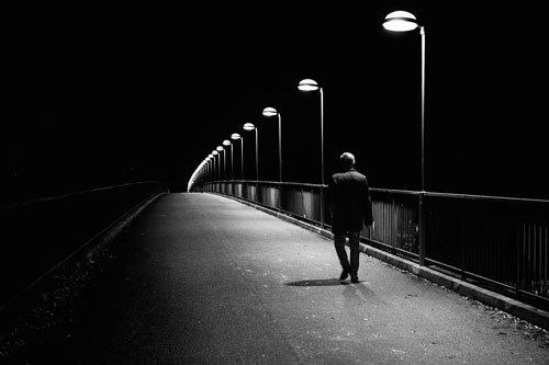 Nguyên tắc an toàn khi ra ngoài ban đêm (Phần 1)