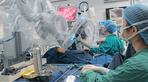 Nội soi cắt phổi, nâng xương ức cho bệnh nhi mắc bệnh hiếm