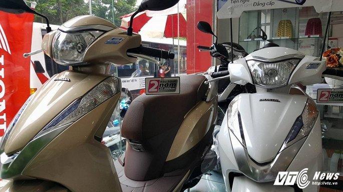 Xe máy tăng vù vù, Honda SH ăn chênh hàng chục triệu đồng