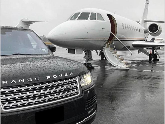 Siêu xe, máy bay riêng của hội con nhà giàu Zimbabwe