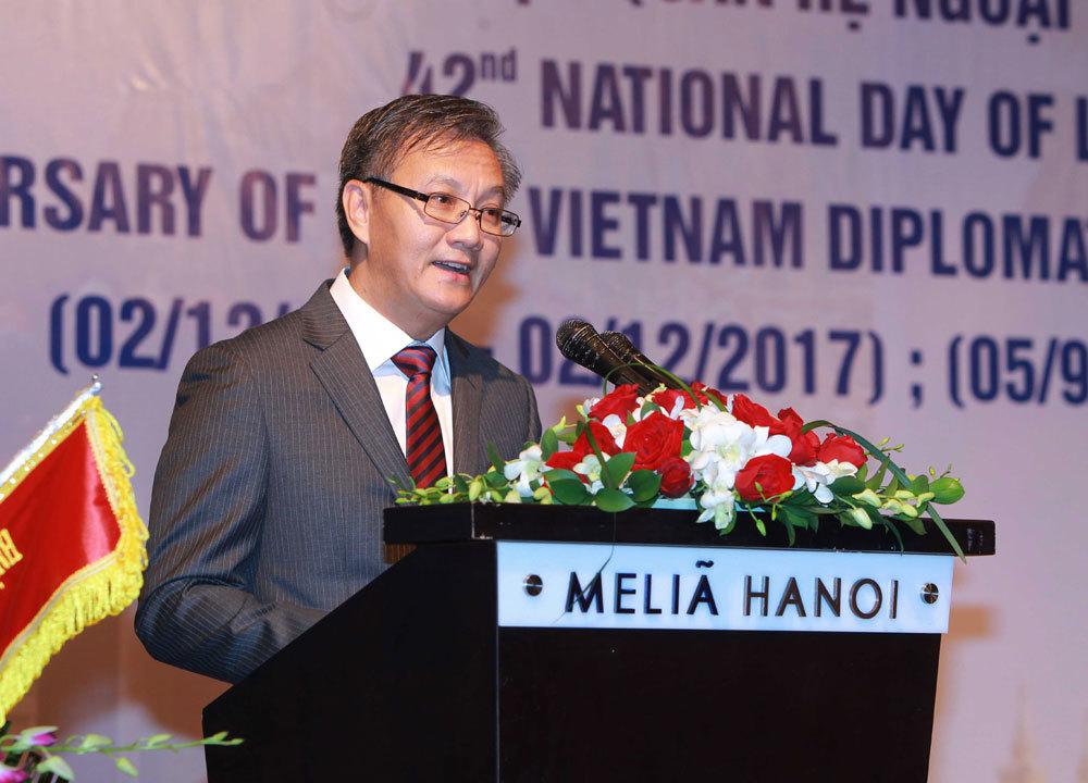 Lãnh đạo cấp cao dự kỷ niệm Quốc khánh Lào