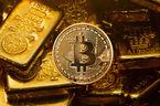 """Bitcoin lao dốc 2000 USD chỉ trong vài giờ do """"sự cố nghiêm trọng"""""""