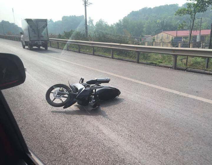 Thiếu tá CSGT bị xe máy đâm trên cao tốc đã tử vong