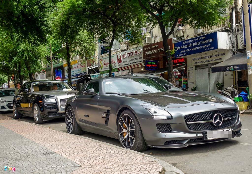 Dàn siêu xe bạc tỉ và du thuyền triệu đô nhà chồng Tăng Thanh Hà