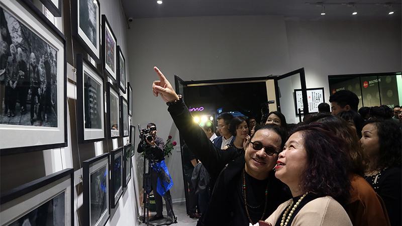 Hãng máy ảnh huyền thoại Leica mở cửa hàng chính thức tại VN