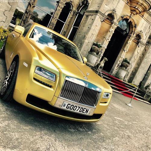 Rolls-Royce Ghost mạ vàng rao bán và chỉ nhận giao dịch bằng Bitcoin