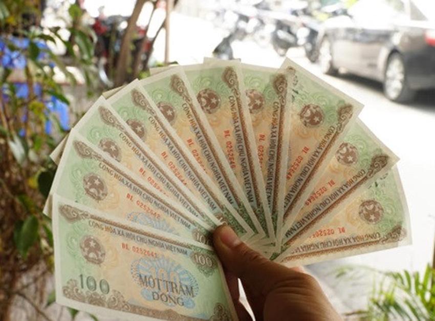 Tài xế đòi BOT Cai Lậy 100 đồng tiền thừa: Mệnh giá 100 đồng được phép lưu hành