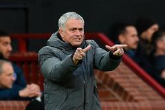 """Mourinho đòi sắm """"ảo thuật gia"""", Real bốc về De Bruyne"""
