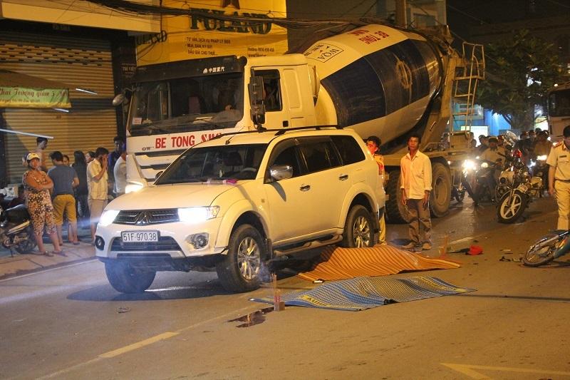 2 thiếu niên chết thảm sau cú tông ôtô 7 chỗ