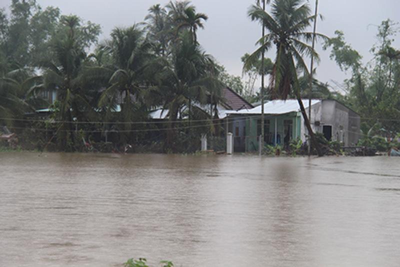 xả lũ,ngập lụt,lụt,lũ lụt,Nha Trang