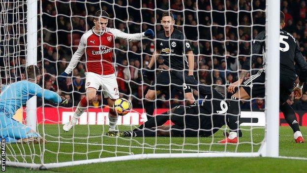 Arsenal 1-3 MU: Những con số rực rỡ gọi tên MU, De Gea