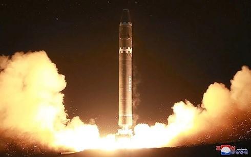 'Ngộp thở' vì ván cờ hạt nhân Triều Tiên