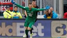 Thủ môn ghi bàn phút 95, phá hỏng buổi ra mắt của Gattuso