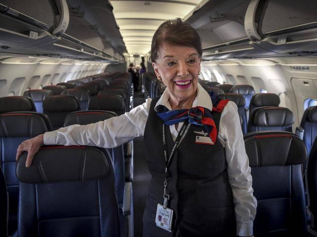 Tiếp viên hàng không,Máy bay,Chuyện lạ