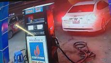 Tài xế quỵt 900.000 đồng tiền đổ xăng: 'Hành động như cướp'