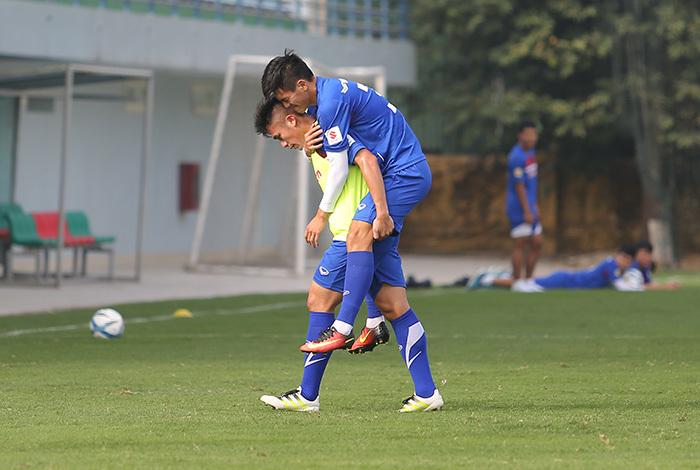 Tiến Linh chia tay U23 Việt Nam, Tuấn Anh hồi hộp chờ thầy Park