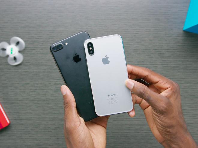Apple tiếp tục phá vỡ kỉ lục doanh số iPhone cuối năm 2017?