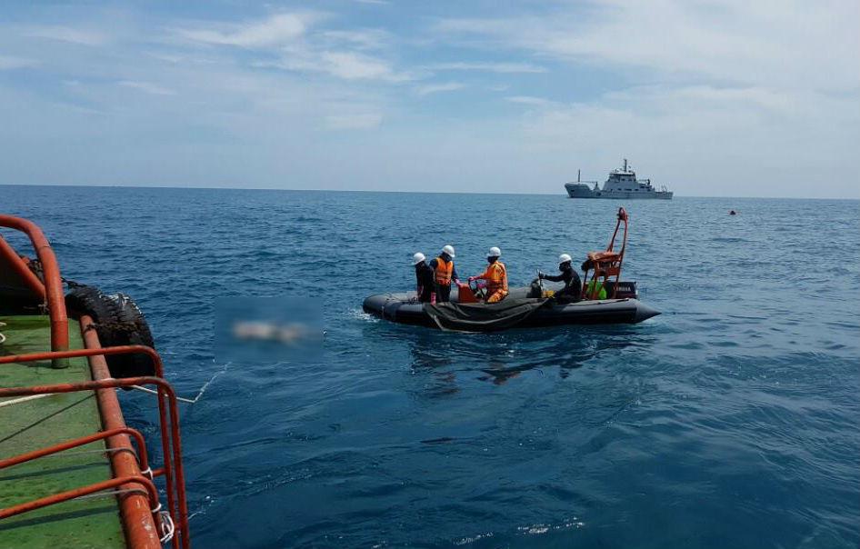 Tàu chở 6 người chìm trên biển Vũng Tàu