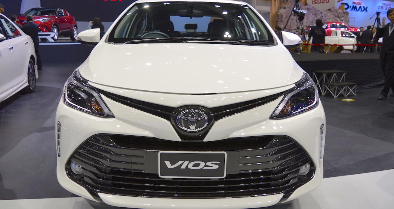 Cận cảnh Toyota Vios 2017 đẹp 'long lanh' giá chỉ 425 triệu đồng