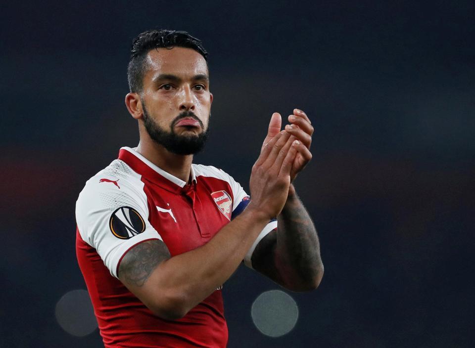 MU được dự báo vô địch C1, Arsenal tống khứ Walcott