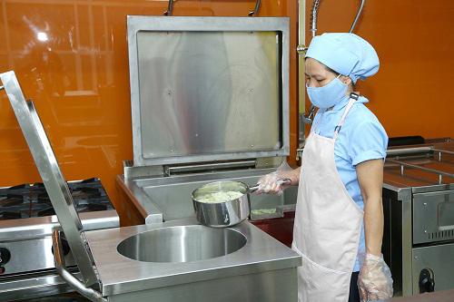 Đầu tư căn bếp học đường hơn 2 tỷ đồng tại Lạng Sơn