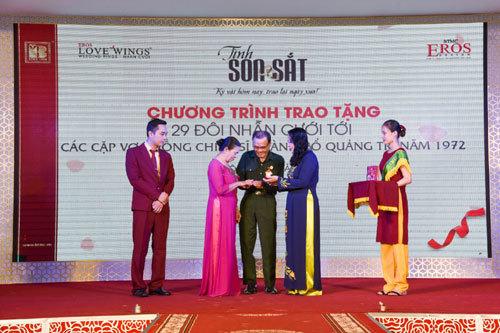 Tặng nhẫn cưới 29 đôi vợ chồng cựu chiến binh Quảng Trị - ảnh 4