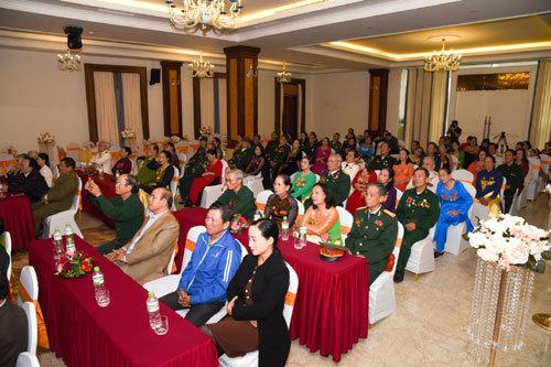 Tặng nhẫn cưới 29 đôi vợ chồng cựu chiến binh Quảng Trị - ảnh 2