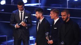 Đêm nay trao Quả bóng Vàng: Ronaldo đuổi kịp Messi rồi về vườn?