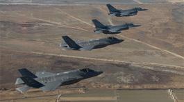 Hình ảnh 'cỗ máy chiến tranh' trên trời bán đảo Triều Tiên
