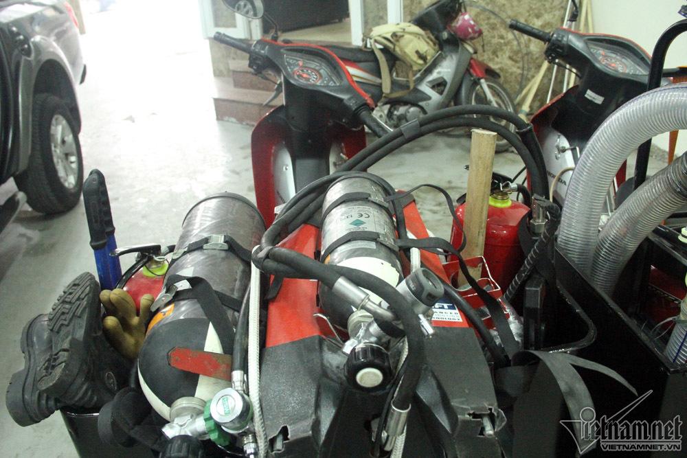 xe máy chữa cháy,xe chữa cháy,lính cứu hỏa,chữa cháy,Hà Nội