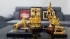 BST 'Linh Khuyển mạ vàng 24K' đón xuân Mậu Tuất 2018