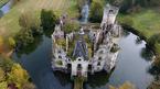 Hơn 8000 người hùn tiền mua lại lâu đài cổ của Pháp