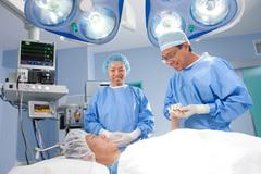 Điều trị Ung thư Tuyến giáp thành công tại BV Raffles Singapore