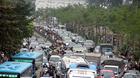 Đường Hà Nội tắc nghẹt trong giá rét