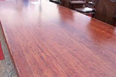 Đại gia cầu kỳ giường ghế: Sập gỗ cẩm trăm tuổi, bàn ghế 'tứ linh' tiền tỷ