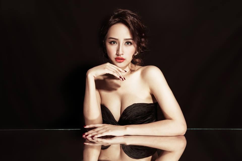 Đường cong 'gây thương nhớ' của Hoa hậu Mai Phương Thuý