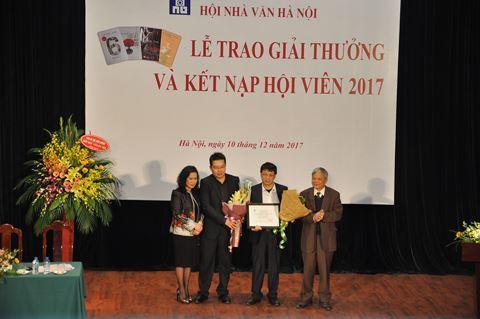 Thơ không được trao giải Hội nhà văn Hà Nội