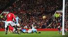 Lukaku hại MU, Man City đánh sập Old Trafford
